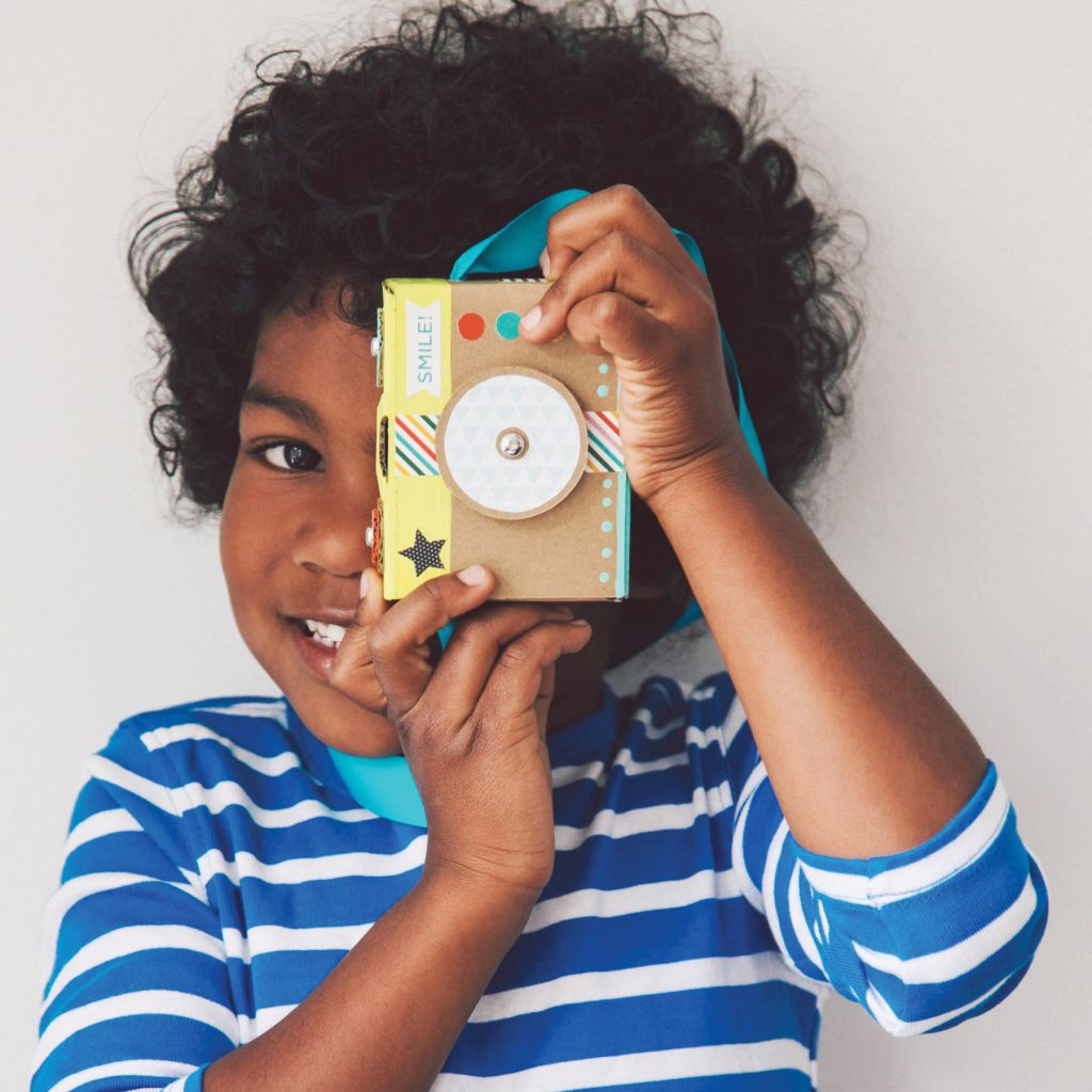 craft-kit-cardboard-camera-with-kid_1800x.jpg
